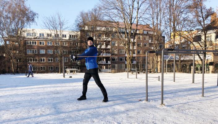 Adam Smith bor på Torshov og sykler til treningsparken utenfor Fagerborg skole for å trene. Han bruker Torshovdalen og Akerselva som rekreasjonsområde i helgene med familien på fire.