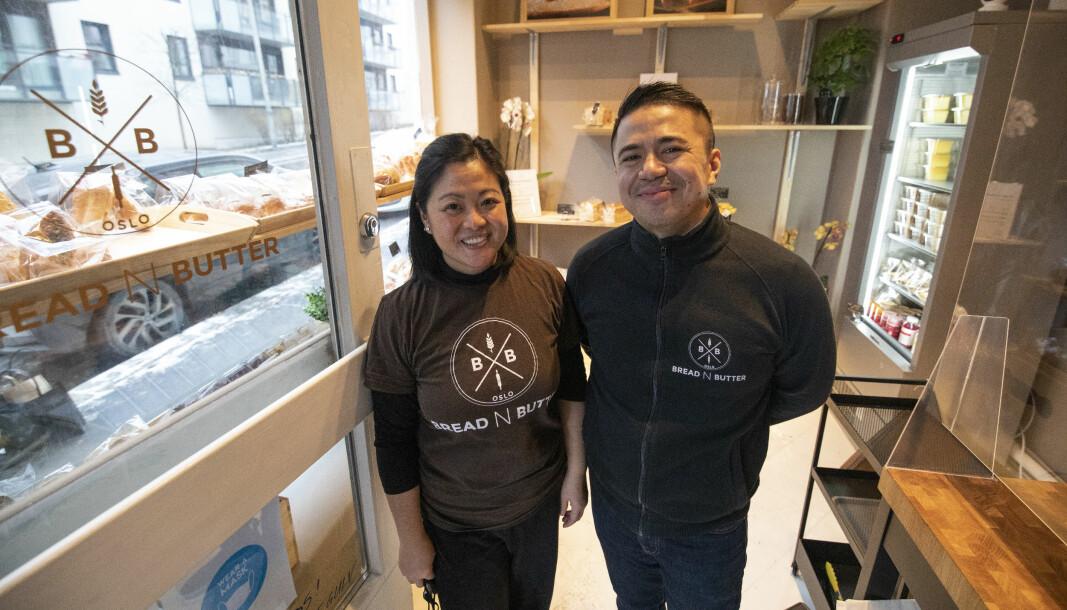 Ekteparet Abela Pineda (t.v) og Reverdy Pineda åpnet nylig et japansk bakeri på Torshov.