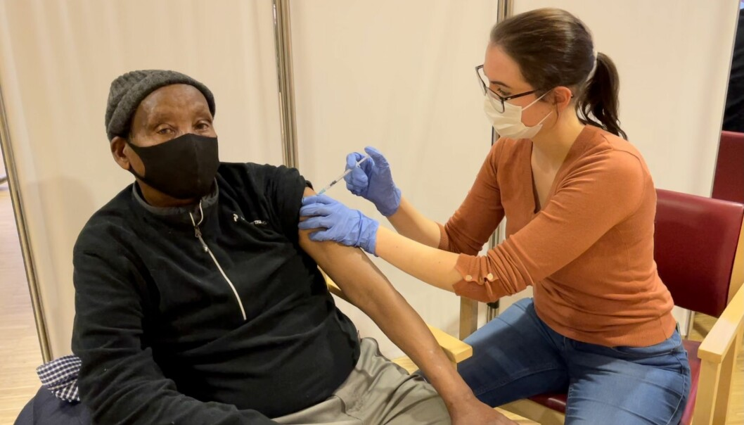 Muhamed stilte til vaksinering på Kampen omsorg +.