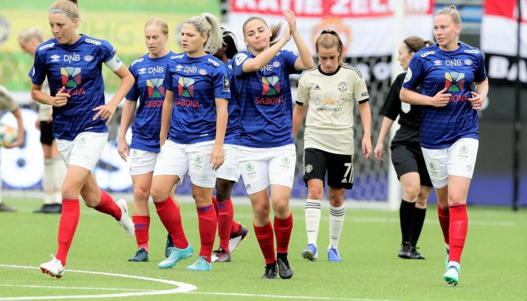 I en treningskamp sommeren 2019 kunne Vålerenga-damene juble over seier mot Manchester United. Torsdag kan de sikre en plass i kvartfinalen i kvinnenes Mesterliga.