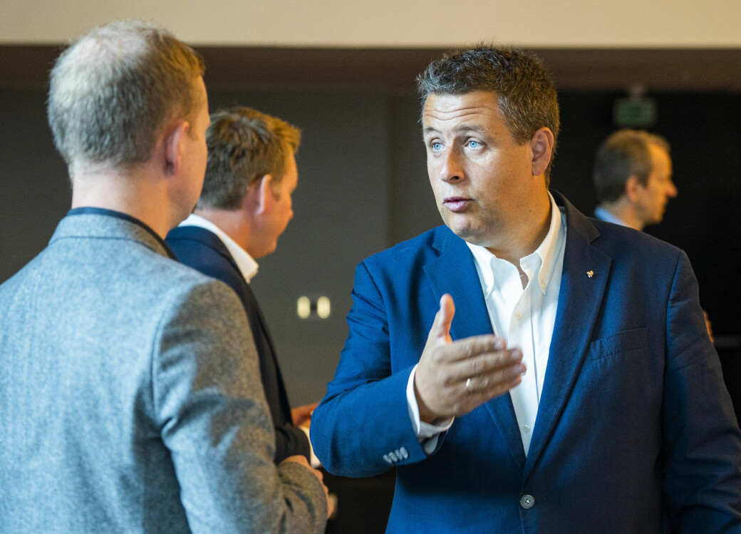 — Som politikere skal det mye til for at vi skal gå inn i enkeltsaker. Men nå må alle steiner snus, sier Espen Andreas Hasle (KrF).