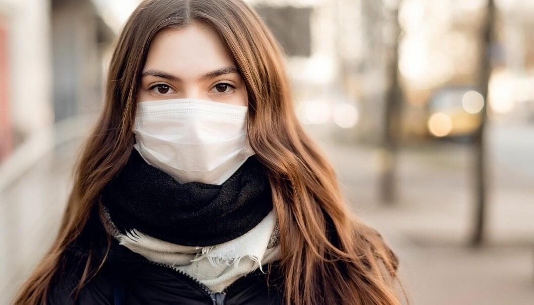 Ungdom som allerede er utsatt for marginalisering og utenforskap opplever en dobbel isolering under pandemien, sier skribenten.