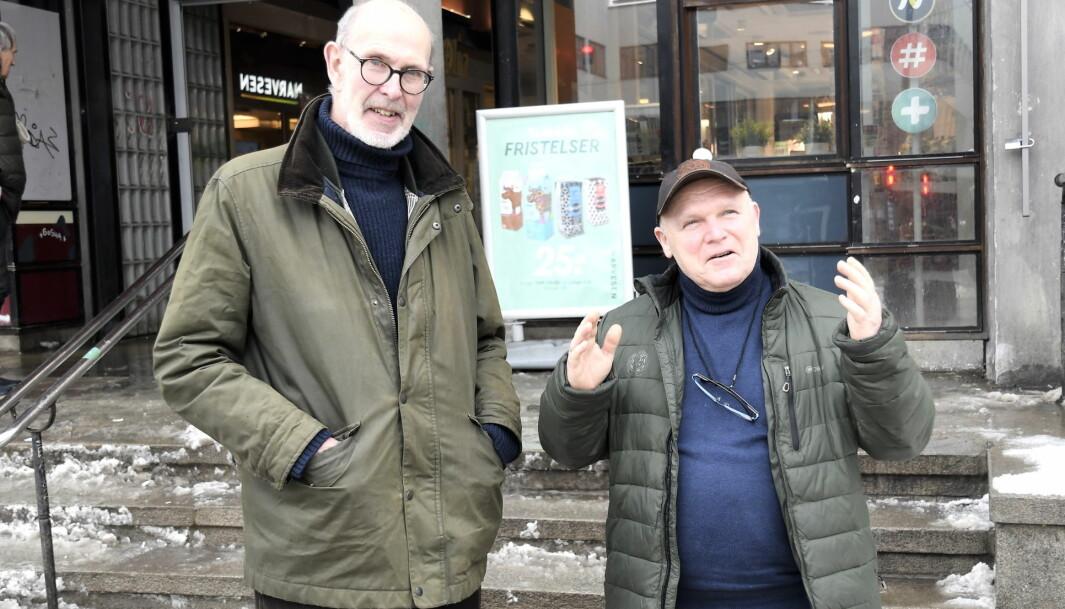 Senterpartipolitikerne Dag Hovland (t.v) og Rune Svendsen vil forlenge tbanens linje 1 fra Frognerseteren til Tryvann.