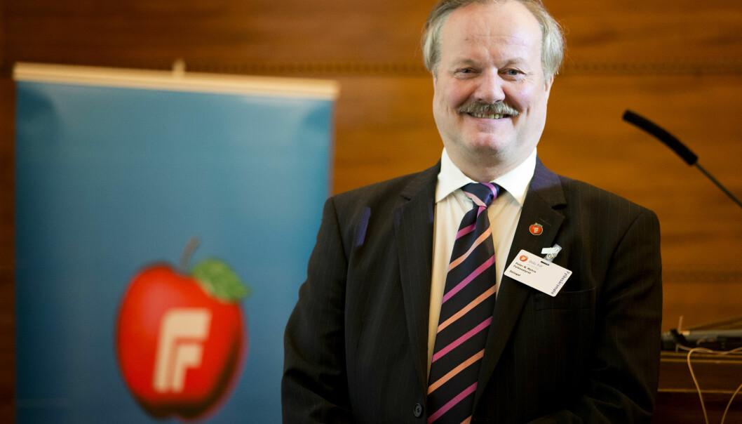 — Det er en veldig god løsning, sier Carl I. Hagen om lanseringen av Peter N. Myhre som lederkandidat i Oslo Frp.