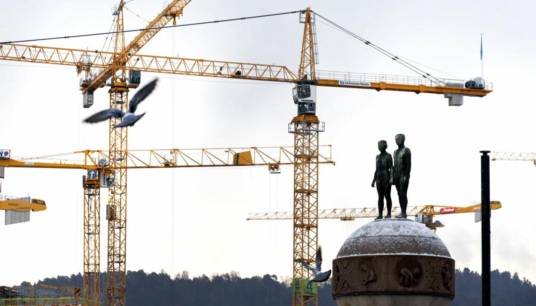 Store yrkesgrupper som tjener mindre enn sykepleieren er for lengst ekskludert fra boligmarkedet i Oslo, skriver Henning Lauridsen i Eiendom Norge.