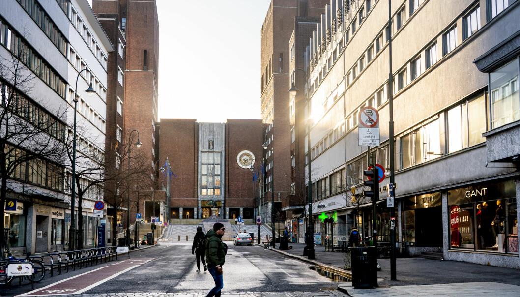 — Oslo kommune må vurdere om de har et tiltaksnivå som er tilstrekkelig. Så følger vi med på det i tillegg, sier helseminister Bent Høie.