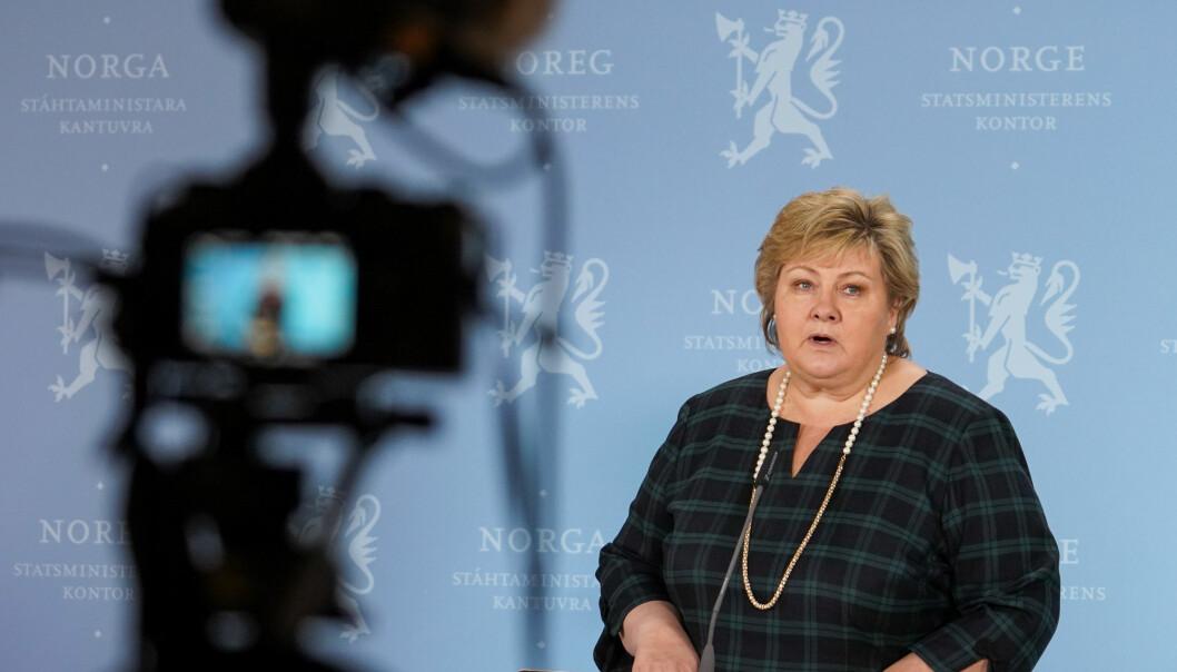 — Jeg beklager at Statsministerens kontor (SMK) har vært involvert i et utspill som strider mot regjeringens arbeid, sa Erna Solberg og forklarte at hun først hadde ring Raymond Johansen og gitt ham beklagelsen.