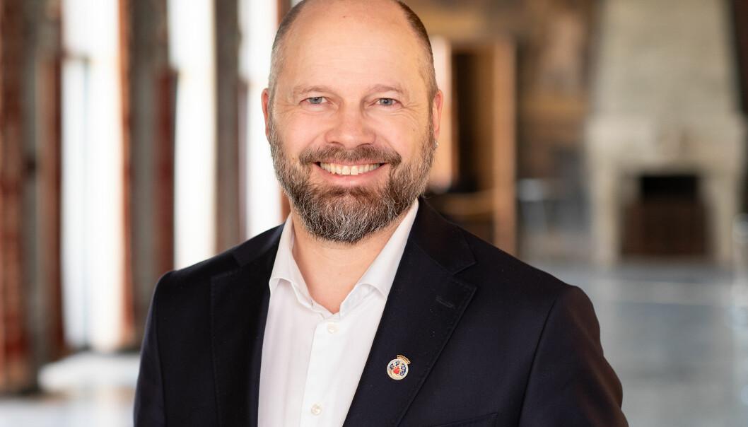 Rasmus Reinvang har vært byrådssekretær i byrådsavdeling for byutvikling. Nå tar han over toppjobben som byråd for byutvikling.