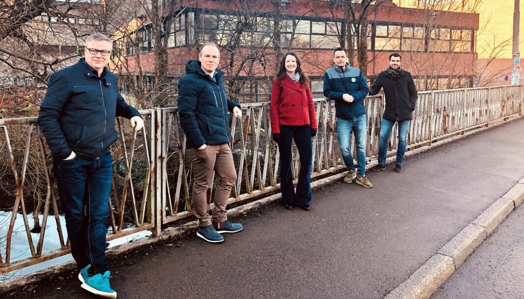 Disse er ansvarlige for utbyggingen av Brenneriveien 11. Fra venstre: Frode Skurdal (prosjektleder SiO), Stian Garberg (utbyggingssjef SiO), Birte Almeland (Eiendomsdirektør SiO), Alexander Andresen (prosjektleder NCC) og Markus Stellander (distriktsleder NCC).