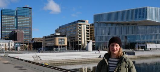 Vil ha både badeliv og ferjedrift i Bjørvika. Tuva Løkse (MDG) ber byrådet snu