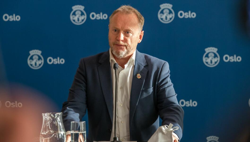 I ettermiddag redegjør Raymond Johansen for bystyret om koronasituasjonen i hovedstaden.