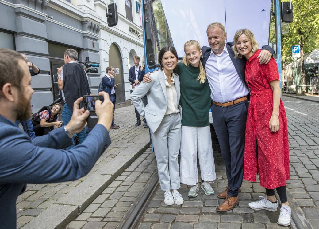 I valgkampen i 2019 gjentok Ap, SV og MDG løftene om klimakutt. Her møter miljøaktivist Penelope Lea (fra venstre) Lan Marie Berg (MDG), Raymond Johansen (Ap) og Inga Marte Thorkildsen (SV).