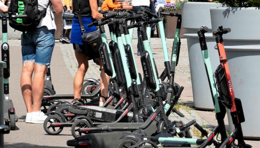 I framtiden kan du høyst sansynlig både finne og reservere en elektrisk sparkesykkel i Ruters billettapp.
