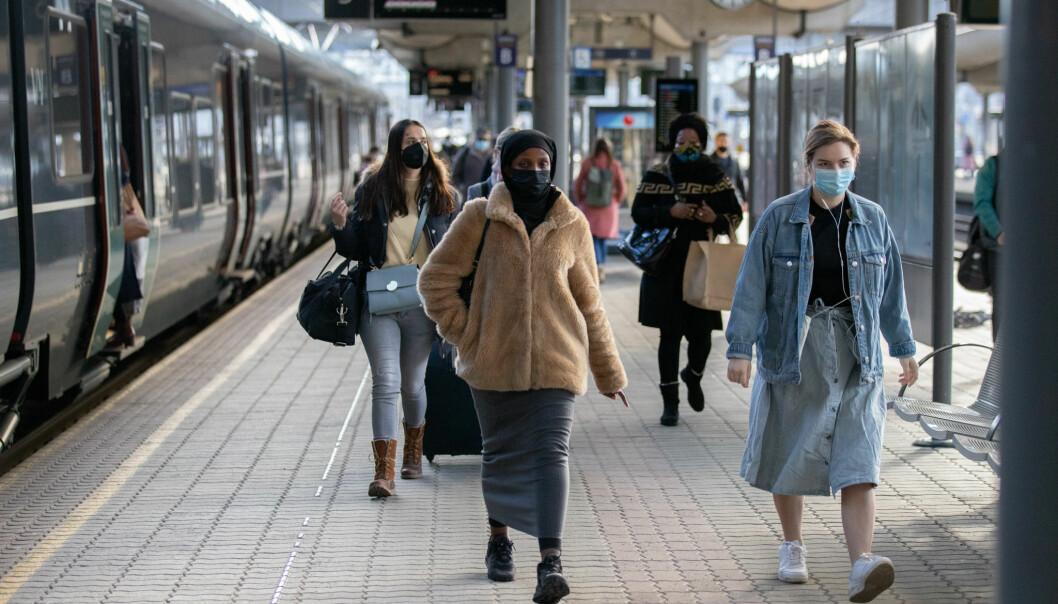 Togtrafikken til og fra Oslo S vil gå som normalt uansett utfall av mekling lørdag kveld.