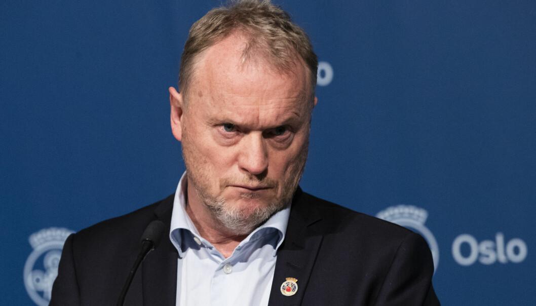 Byrådsleder Raymond Johansen orienterer om koronasituasjonen og hvilke tiltak som skal gjelde fremover i Oslo. Foto: Berit Roald / NTB