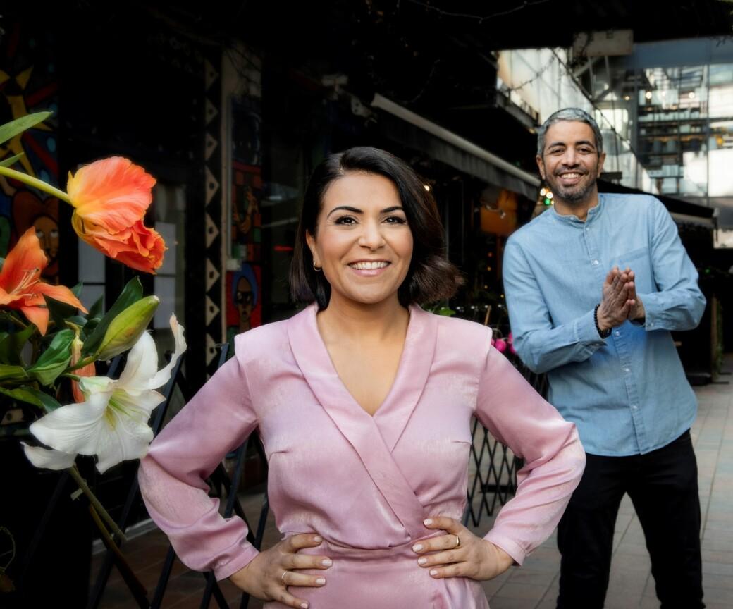 Rima Iraki og Yousef Hadaoui inviterer til id-fest for å markere at fastemåneden er over.