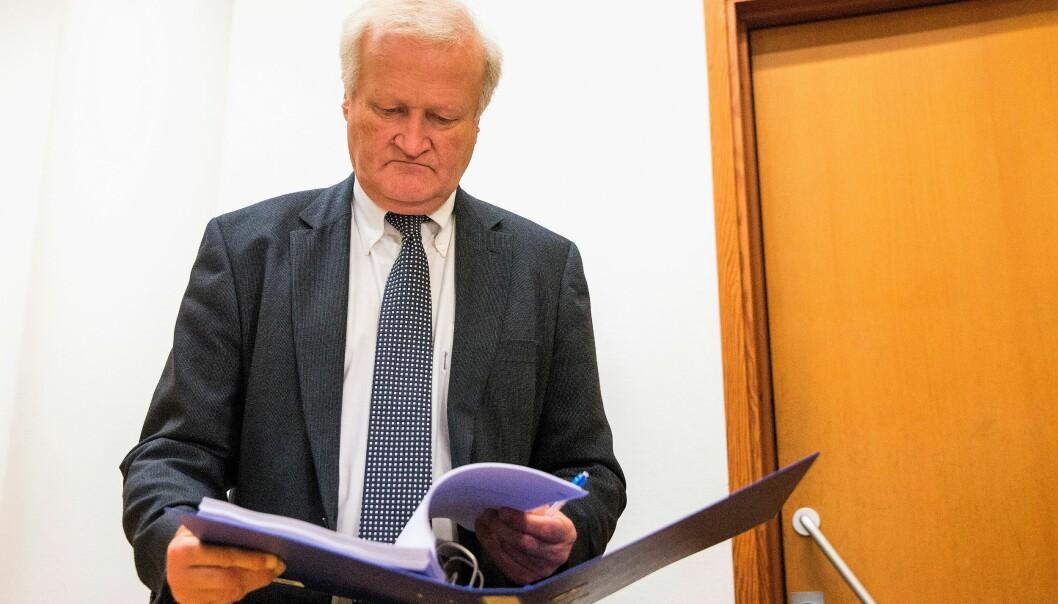 Det var den profilerte forsvarsadvokaten Tor Kjærvik som ble skutt og drept på Røa mandag kveld.