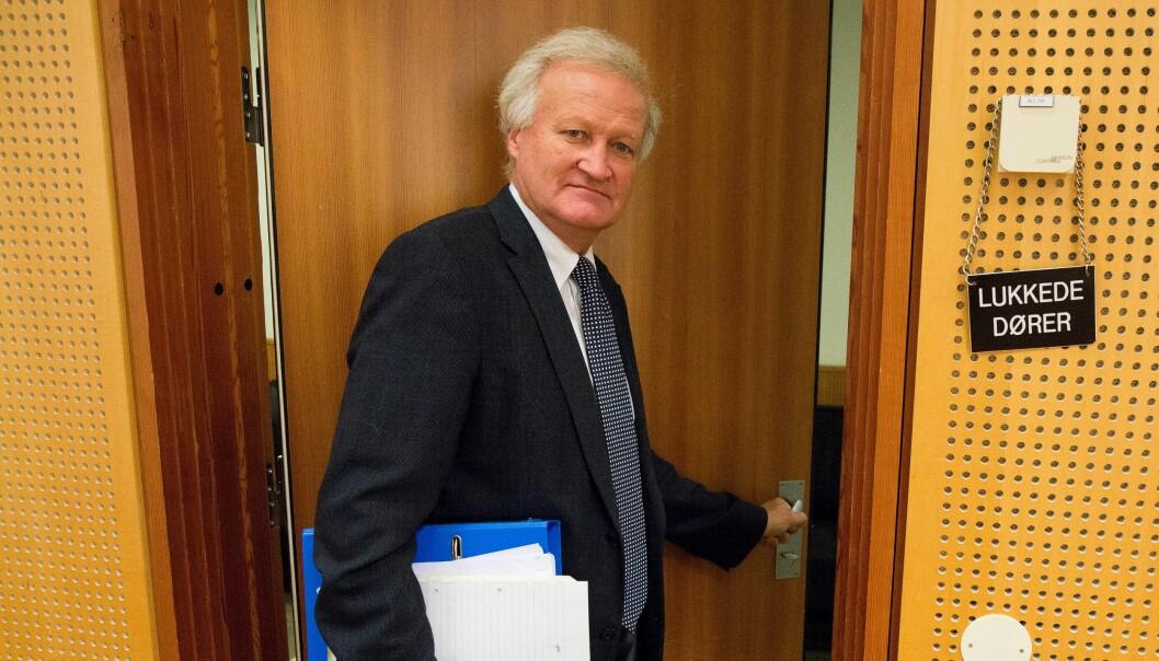Mandag bekreftet politiet at det var den 70 år gamle forsvarsadvokaten Tor Kjærvik som var drept. En sønn i 30-årene er siktet for drapet.