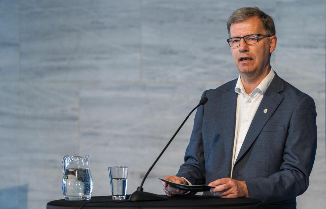 — Vi kan ikke åpne Norge uten Oslo. Vi må ha kontroll på smitten i Oslo for å ha kontroll på smitten i landet, sier helsebyråd Robert Steen (Ap).