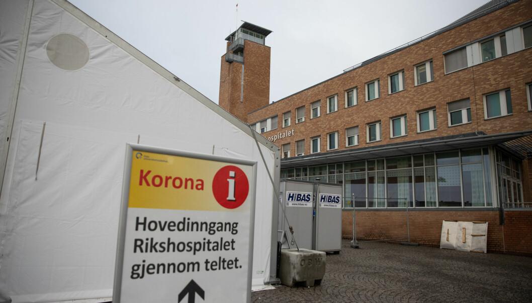 Åtte pasienter og tre ansatte ved Radiumhospitalet i Oslo har fått påvist koronavirus.