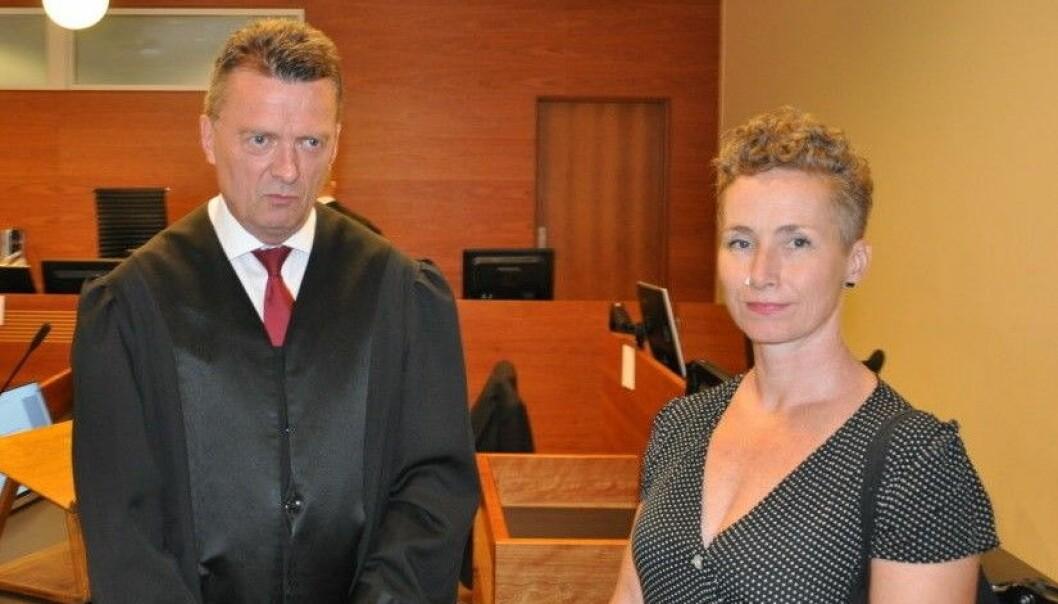 Advokat Brynjulf Risnes sammen med Live Glesne Kjølstad i Borgarting lagmannsrett i fjor.