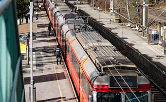 Østfoldbanen er tilbake i normal drift. Togene kjører på begge sporene mellom Kolbotn og Holmlia