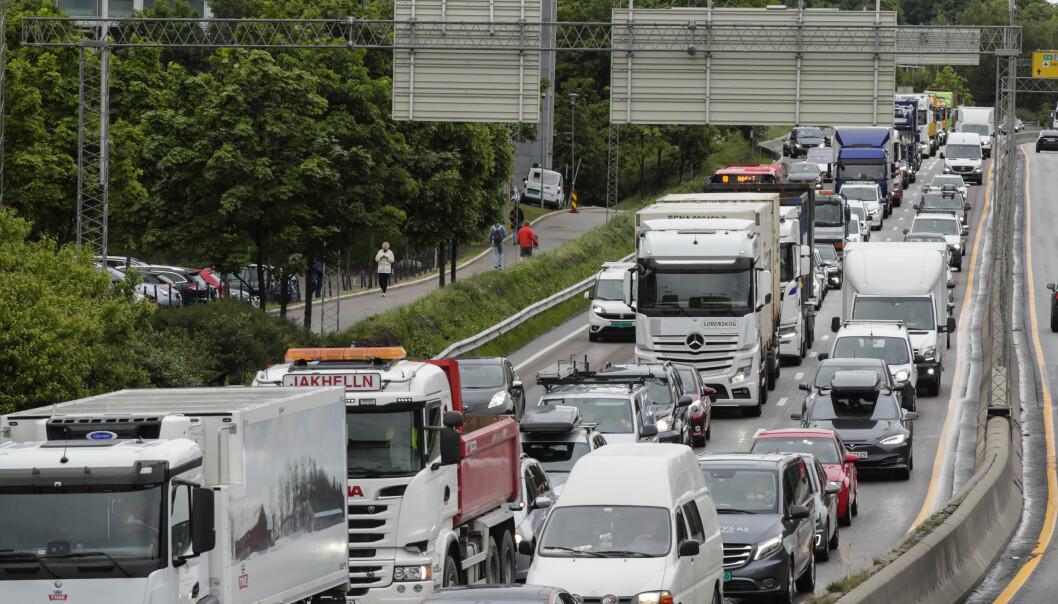 I fjor var det brudd på grenseverdiene for svevestøv i Oslo. Mye av svevestøvet kommer fra veitrafikken.