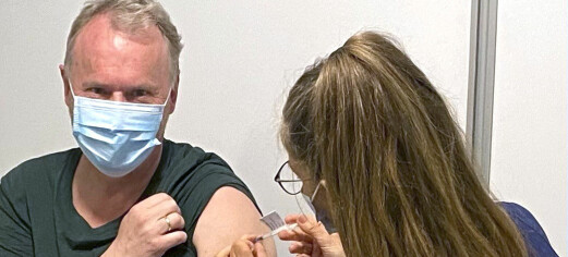 Her får Raymond (60) sin første vaksine: - Mange får tilbud fordi tempoet i Oslo øker nå