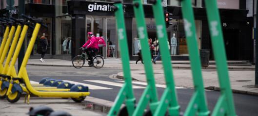 Firma som leier ut elsparkesykler ønsker kommunens bøter velkommen