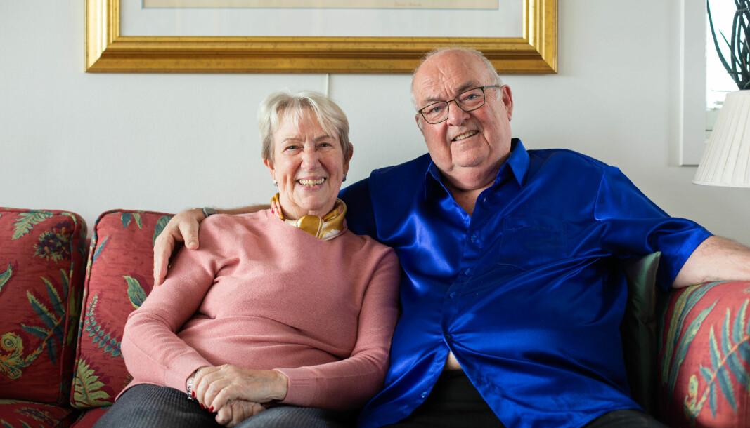 Ulla og Rolf Løvstrøm bor i et sameie i Marcus Thranes gate og takker seg lykkelige for all velviljen fra naboene under korona.