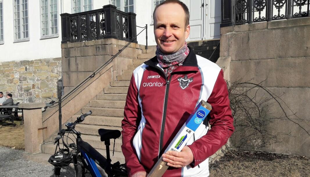 Nils Bergan og Nydalens skiklub kan konstatere at stolpejakten fenger oslofolk også i år