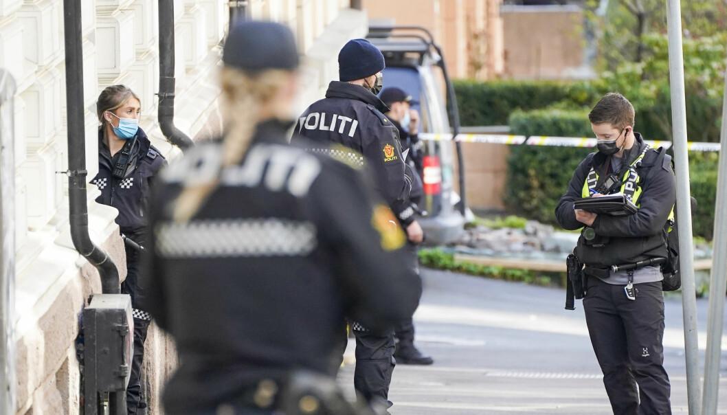 Politi på stedet der en kvinne er bekreftet dd etter en skyteepisode på Frogner i Oslo.