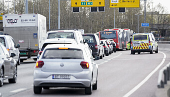 MC-fører sendt til sykehus etter å ha blitt påkjørt av kranbil i Oslo