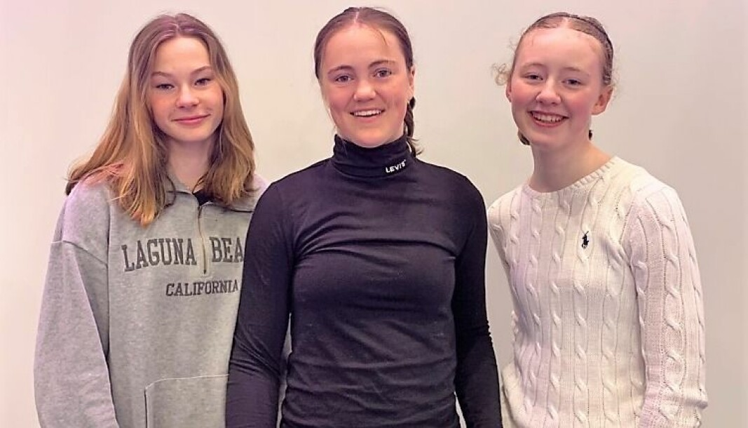 Oda Haugland Røse, Maren Milla Tobiasson Reinemo og Mia Eikeland er blant Norges mest kunnskapsrike ungdomsskoleelever på statistikk.
