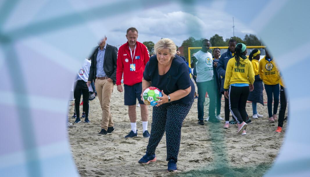 Statsminister Erna Solberg i aksjon på Norway Cup og Ekebergsletta i 2019.