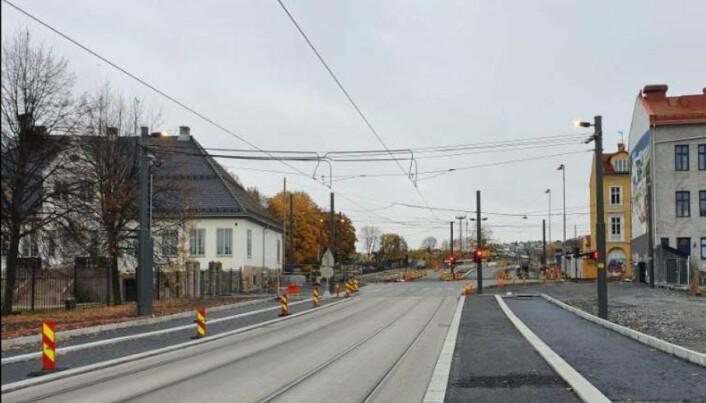 Arbeidet med asfalt-toppdekket og påfølgende veimerking gjenstår.
