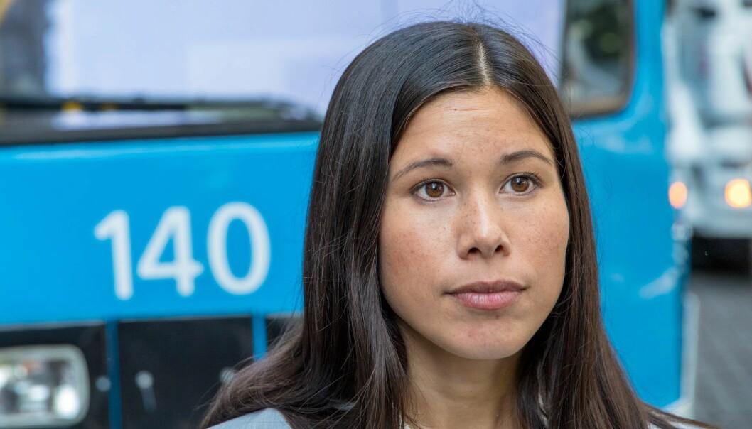 Oslo og Viken får 5,6 milliarder kroner fra staten etter at bompengeavtalen er godkjent. Halvparten av pengene går til kollektivtrafikken, men byråd Lan Marie Berg (MDG) mener den burde fått en større del av kaka.