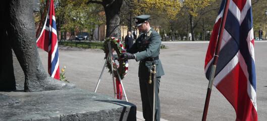 Kronprinsen og statsministeren markerte frigjørings- og veterandagen på Akershus festning