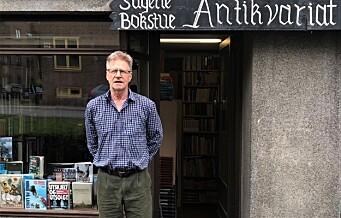 Nils viderefører driften av Sagene bokstue, et skattkammer med i alt 30.000 bøker