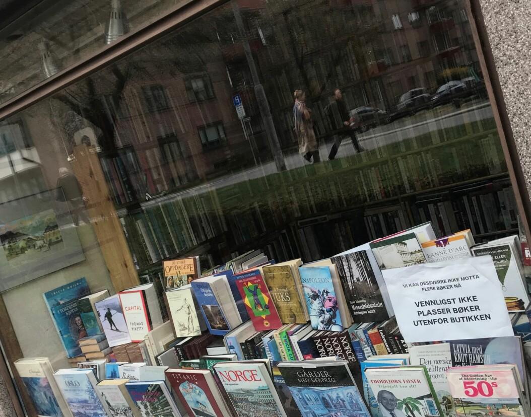 Sagene bokstue - et litterært skattkammer for bokinteresserte, gjenoppstått takket være en entusiast. — Jeg har alltid samlet bøker og liker å tråle loppemarkeder, som jeg har gjort i 25 år, sier den nye innehaveren, Nils Eilert Sørgaard.