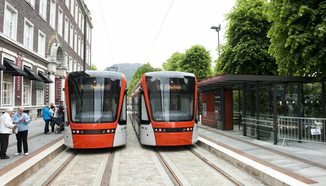 Bybanen i Bergen går mellom Bergen sentrum og Nesttun, og skal frakte 6,5 millioner passasjerer per år. Foto: Marit Hommedal / NTB