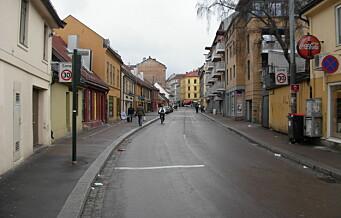 Kritisk for mann som ble knivstukket på Tøyen lørdag morgen. Politiet tror krangel startet i en leilighet