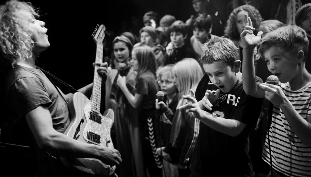 Artisten Moddi har vært så heldig å få synge med Bislett guttekor.