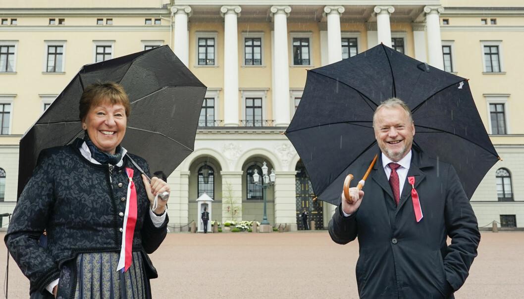 Ordfører Marianne Borgen og byrådsleder Raymond Johansen under 17. mai feiring på Slottsplassen.