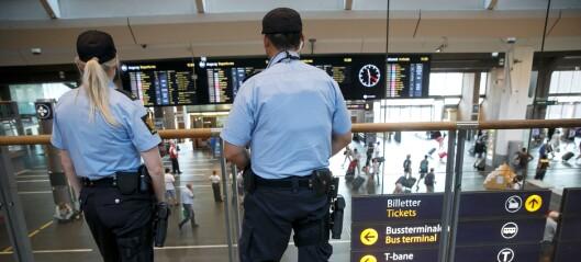 Politiet ber foresatte ta ansvar: - Ungdommer ned i 12-årsalder ankommer Oslo S i gjenger