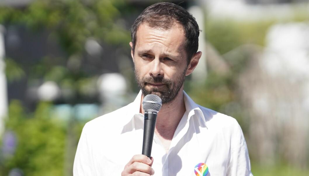 Venstres gruppeleder i bystyret, Hallstein Bjercke, poengterte at hans parti har vært lojale mot byrådet under hele pandemien. Men at det nå er på tide med gjenåpning av Oslo.