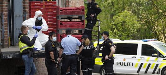 Væpnede menn ranet postkontor på Helsfyr i morges. Truet seg inn med pistol