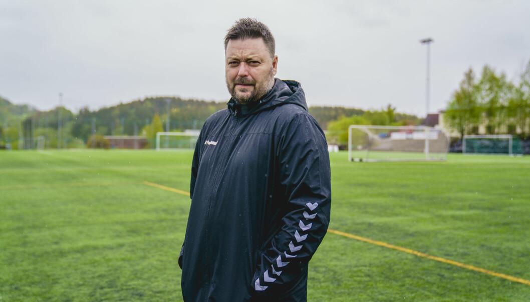 Lyn-trener Bent Inge Johnsen håper å få starte opp igjen snart. Foto: Stian Lysberg Solum / NTB
