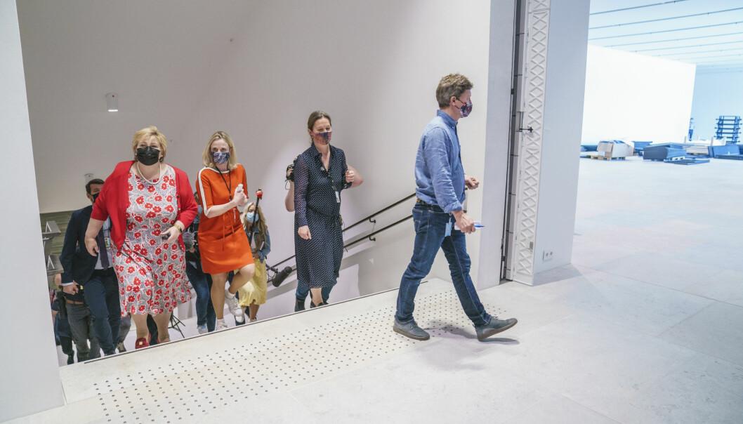 Erna Solberg synes museet virker overkommelig å komme seg rundt i.