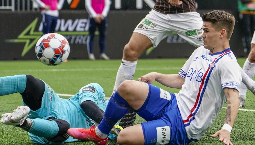 Mjøndalen 20210524. Vidar Örn Kjartansson under eliteseriekampen i fotball mellom Mjøndalen og Vålerenga på Consto Arena.Foto: Terje Bendiksby / NTB